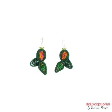 Hand embroidered earrings Jungle Agaron